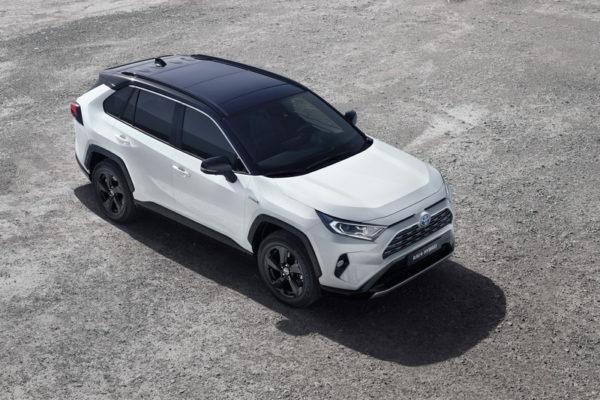 2019-rav4-hybrid-03